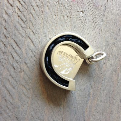 Aviiso sieraden met paardenhaar hanger hoefijzer